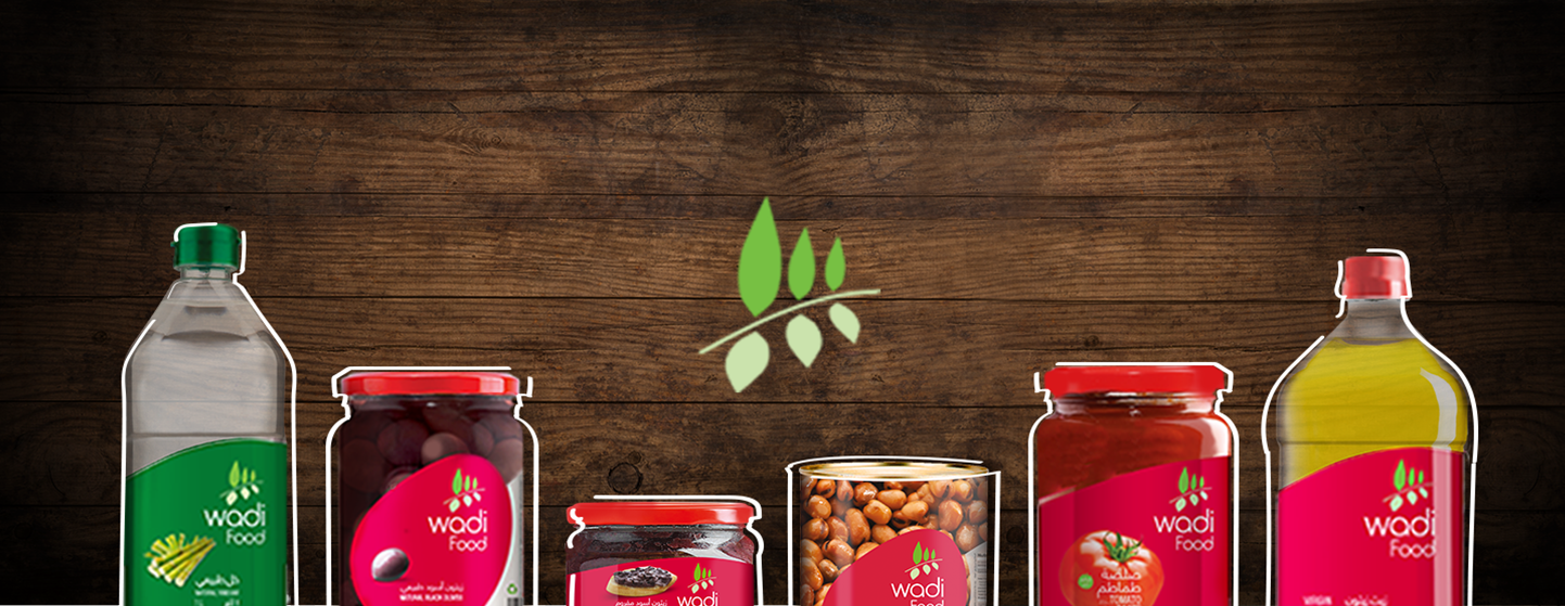 wadi-food-products-wood-background-design