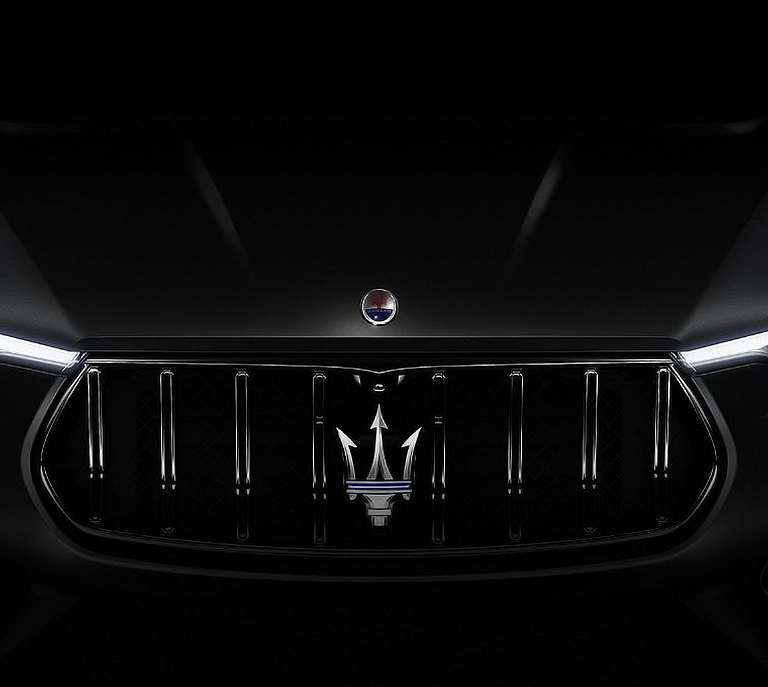 maserati-convertible-model-with-logo-design